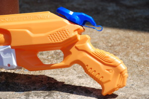 Double Drench Super Soaker from Nerf (11)
