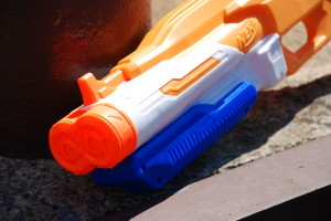 Double Drench Super Soaker from Nerf (12)