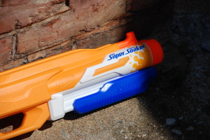 Double Drench Super Soaker from Nerf (14)