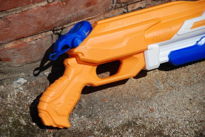 Double Drench Super Soaker from Nerf (15)