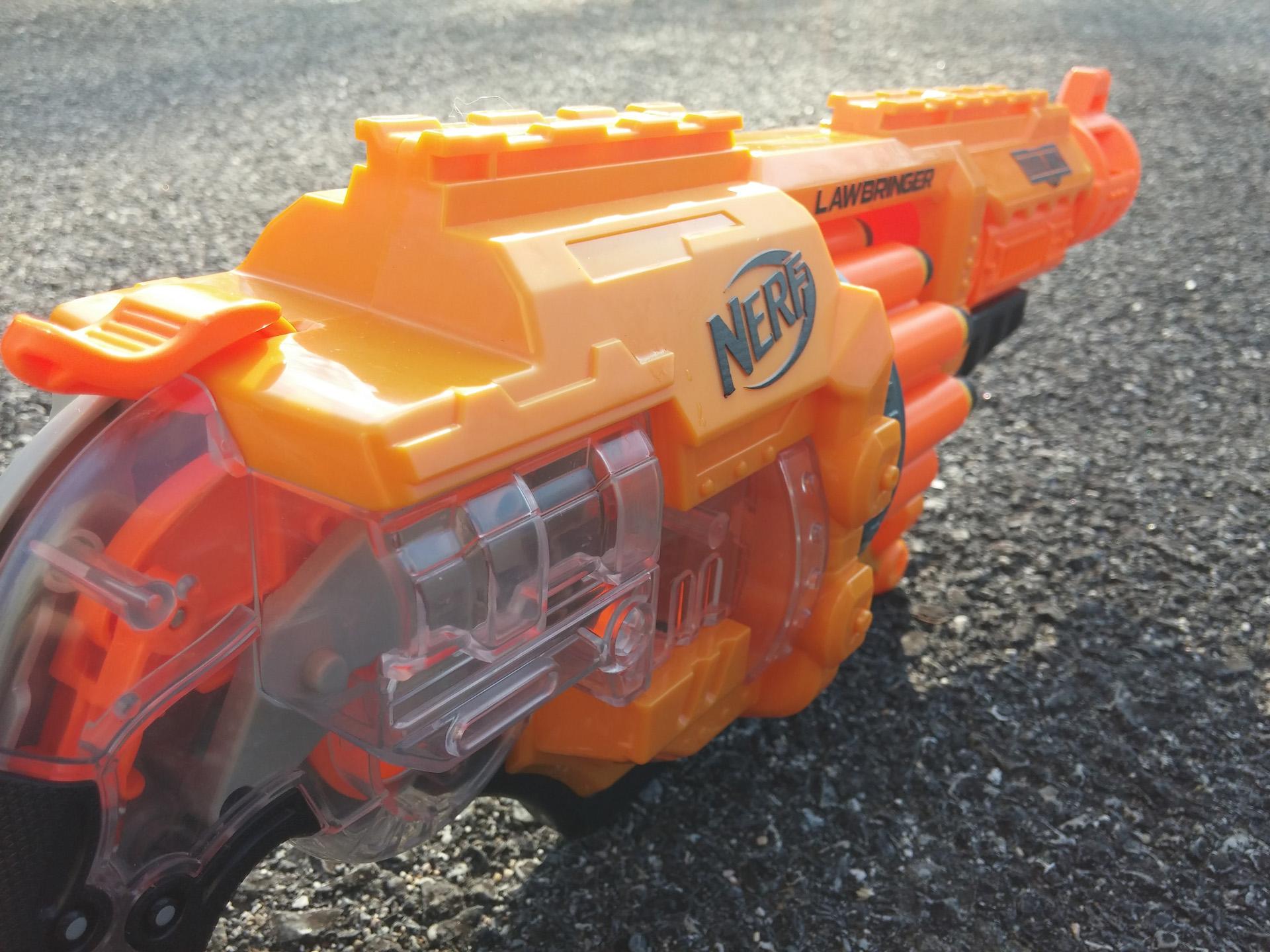 Nerf Doomlands Lawbringer (12)