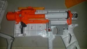 Recon MkII internals, pretty similar to the Retaliator.