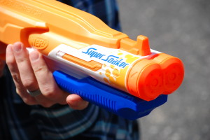 Double Drench Super Soaker from Nerf (7)