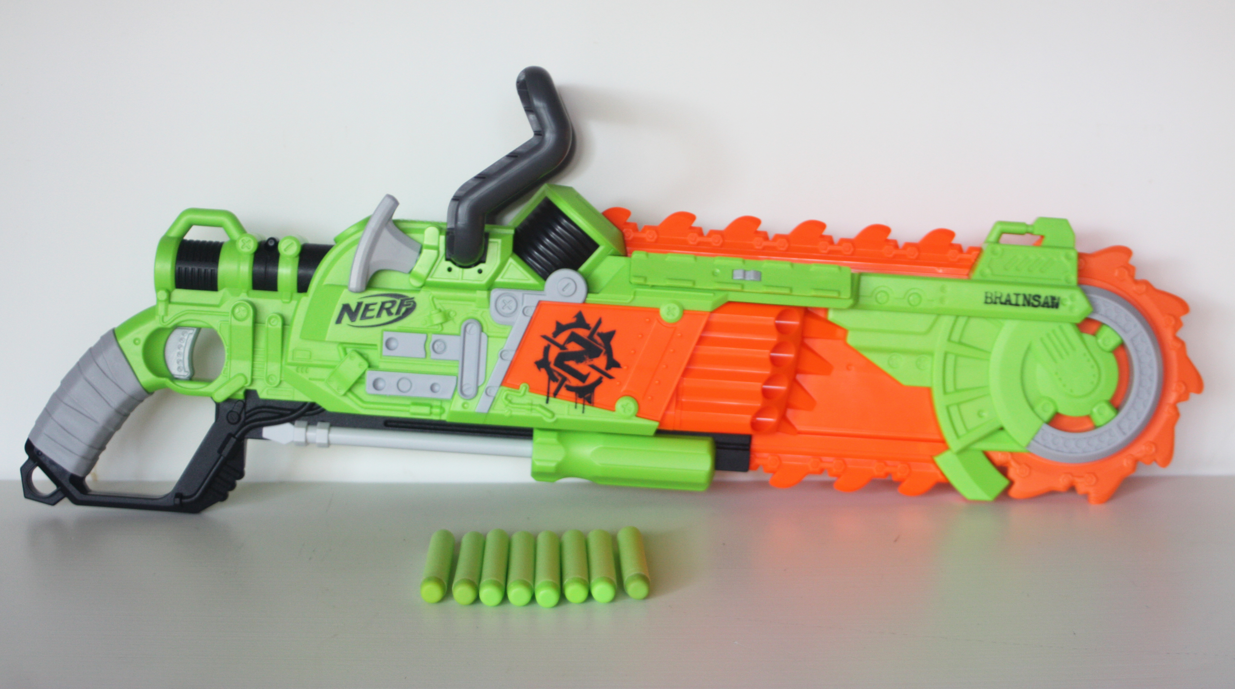 As mentioned above, the Brainsaw certainly has an intimidating look, after  all, chainsaws are menacing. I love the detailing Hasbro has put into this  ...