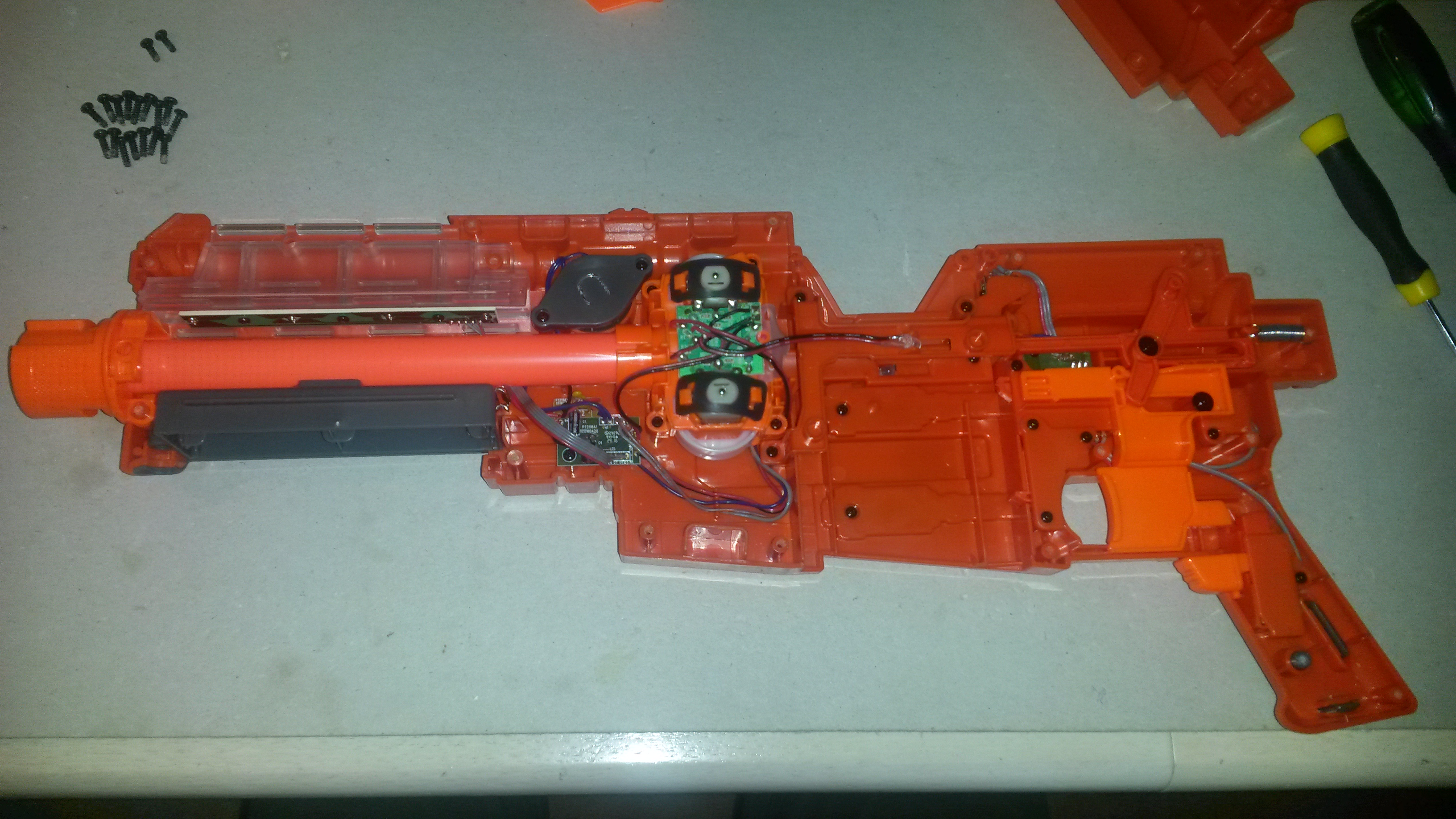 Internals of the blaster
